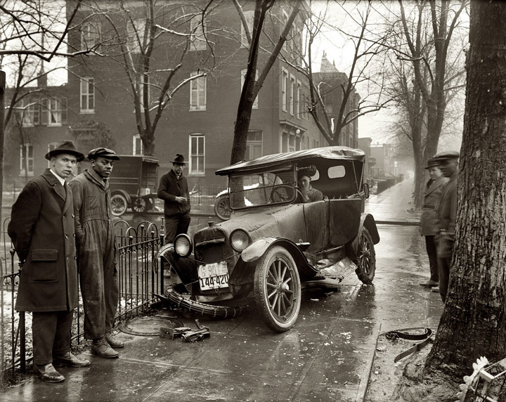 A car accident in Washington, DC, 1921