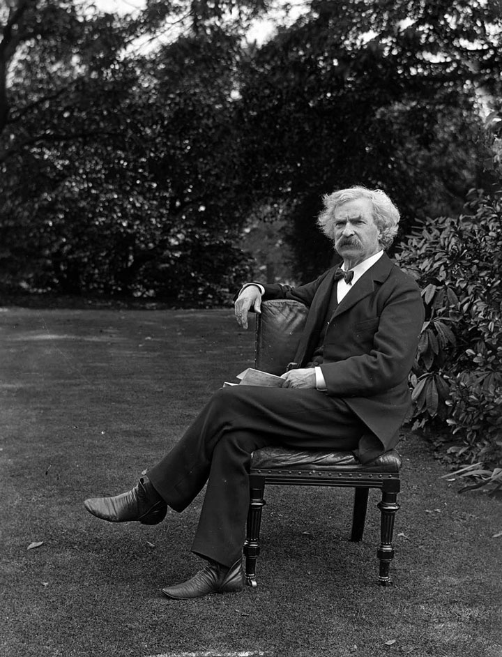 Mark Twain in a garden, 1900