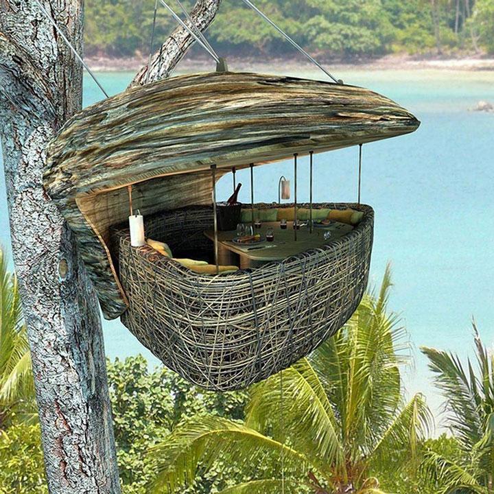 In this hanging nest in Sonevra Kiri, Thailand
