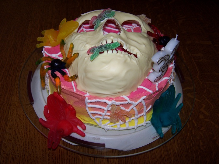 Skeleton design cake