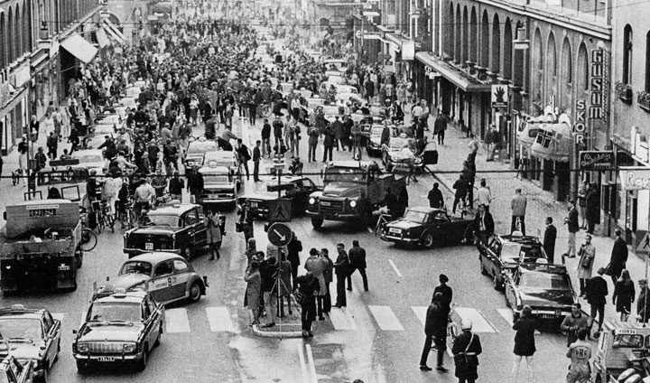 34. First day after Sweden changes from left hand driving to the right hand driving in 1967