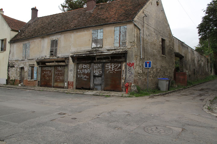 Vieux-Pays-Goussainville: Discover An Abandoned Ghost Town North Of Paris