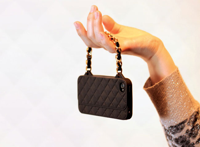 The iPhone mini handbag cover-Irrestible iPhone Cover Designs