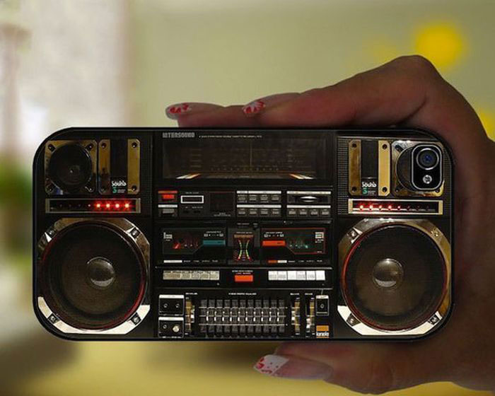 The iPhone radio cover-Irrestible iPhone Cover Designs