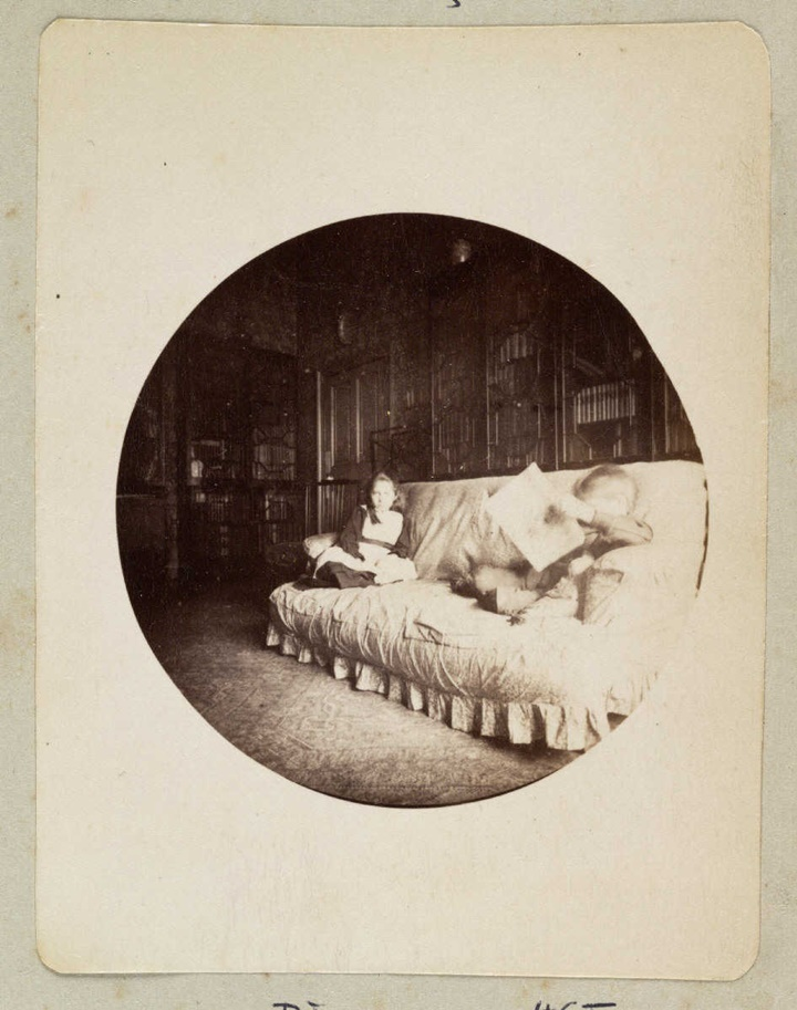 Rediscover The 125 Year Old Rare Photos Taken By The First Amateur Photographers