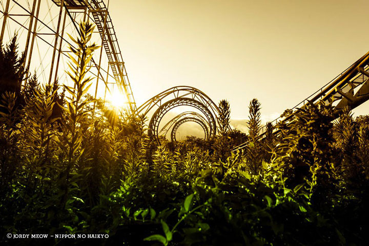 Nara Dreamland, an amusement park for sale since 2006-Abandoned Places That Will Remind You Of Forgotten Japan-19
