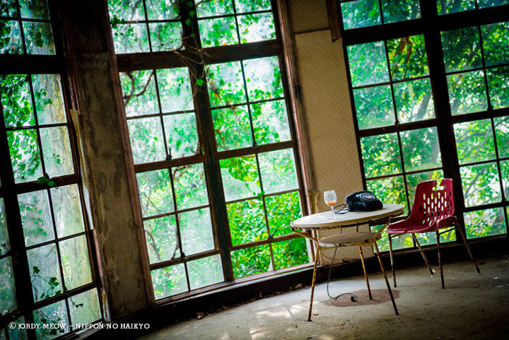 Hotel Maya in Kobe-Abandoned Places That Will Remind You Of Forgotten Japan-6