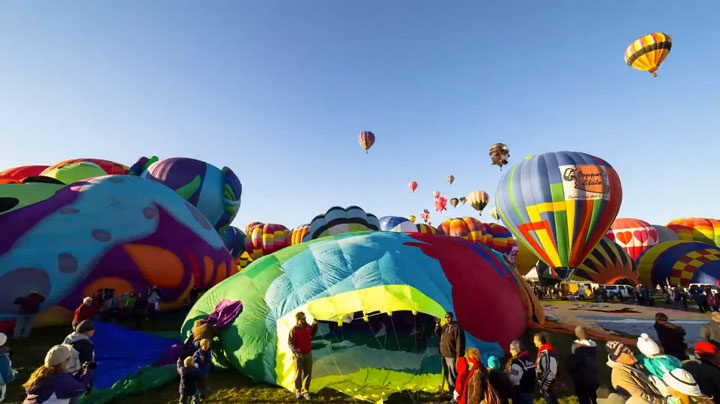 Balloon Festival of Albuquerqe Witness The Soaring Of Hundred Of Beautifu Balloons-11