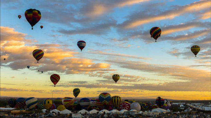 Balloon Festival of Albuquerqe Witness The Soaring Of Hundred Of Beautifu Balloons-4