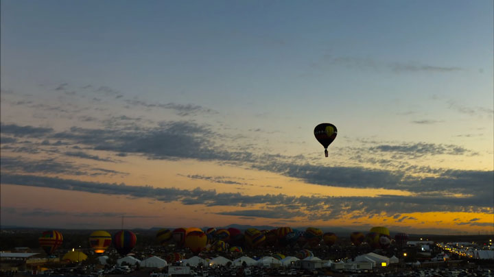 Balloon Festival of Albuquerqe Witness The Soaring Of Hundred Of Beautifu Balloons-5