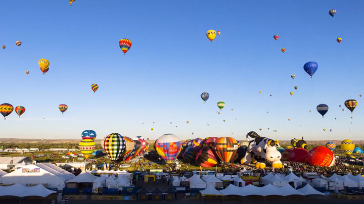 Balloon Festival of Albuquerqe Witness The Soaring Of Hundred Of Beautifu Balloons-7