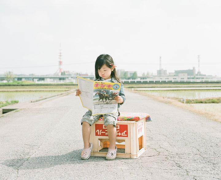 Daughter-girl-heroine-of-a-series-of-portraits-by-Nagano-Toyozaku-132