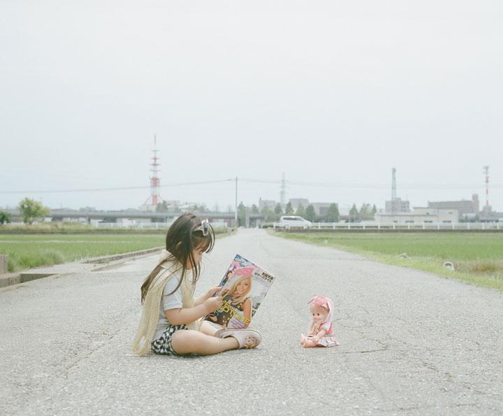 Daughter-girl-heroine-of-a-series-of-portraits-by-Nagano-Toyozaku-135