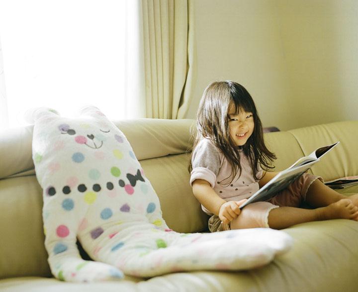 Daughter-girl-heroine-of-a-series-of-portraits-by-Nagano-Toyozaku-141