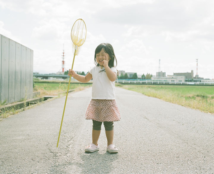 Photographer Nagano Toyozaku realizes A series of portraits with daughter girl as hero