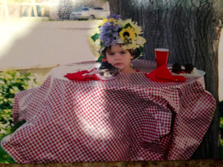 This little girl dressed as a table -Children Who Use Their Imagination To Do Weird And Hilarious Things-16