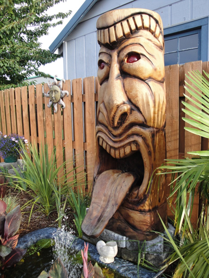 A totem-Jeffro makes impressive sculptures made only with wood-18