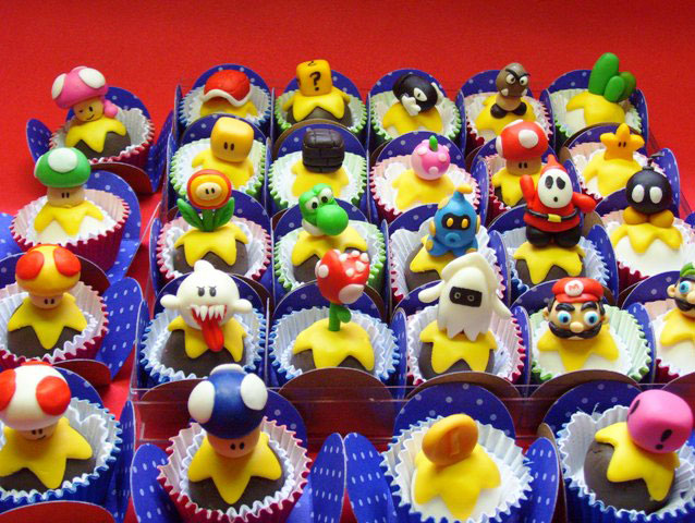 Mini cupcakes-Original Cake Designs For The Passionate Of Geek Culture -1
