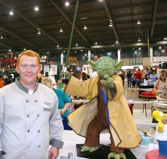 The Star Wars Yoda Cake-Original Cake Designs For The Passionate Of Geek Culture -22