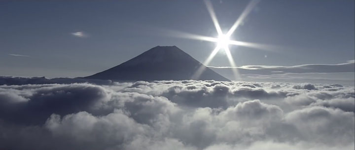 A Passionate Of Jetpack Flies Over Mount Fuji Using His Own Built Jetpack-