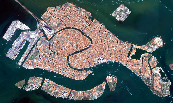 Venice-Striking-Landscapes-of-Earth-from-space-as-artworks-1
