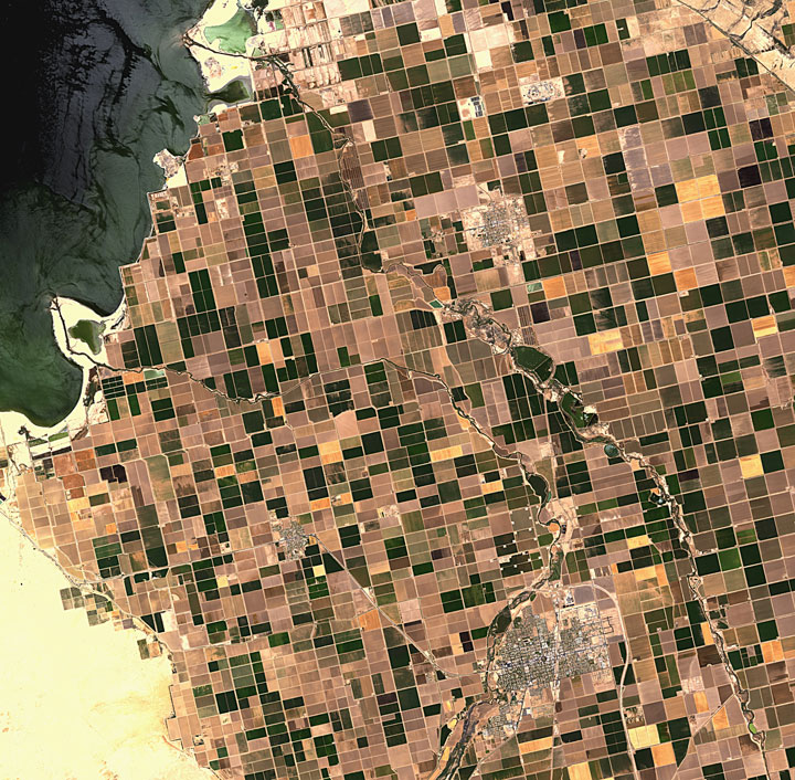 Imperial Valley, California-Striking-Landscapes-of-Earth-from-space-as-artworks-14
