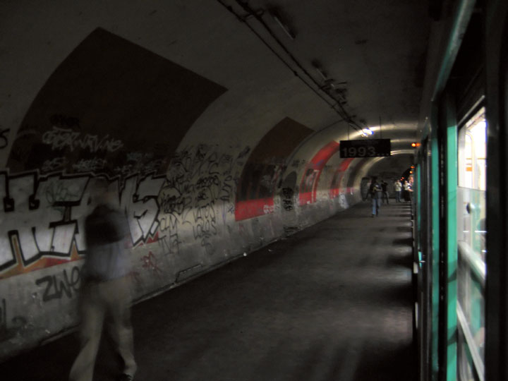 The station Haxo-Visit The Amazing Abandoned Ghost Metro Stations Of Paris-13