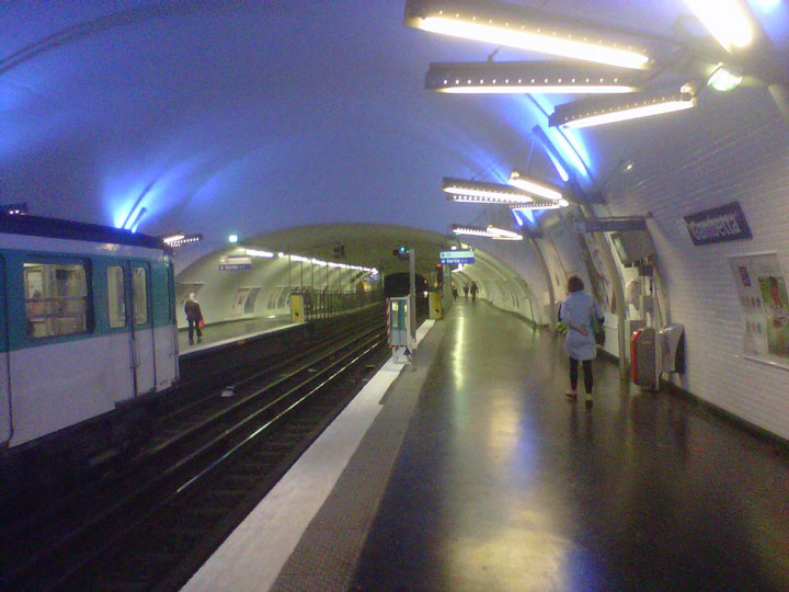 Martin Nadaud station -Visit The Amazing Abandoned Ghost Metro Stations Of Paris-4