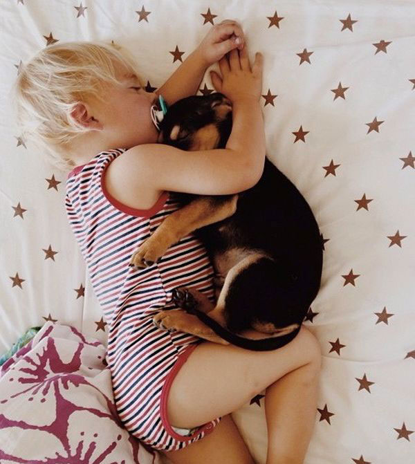 Jessica A stunning Series Of Photograph Immortalizes The Friendship Between A Baby And A Puppy-8