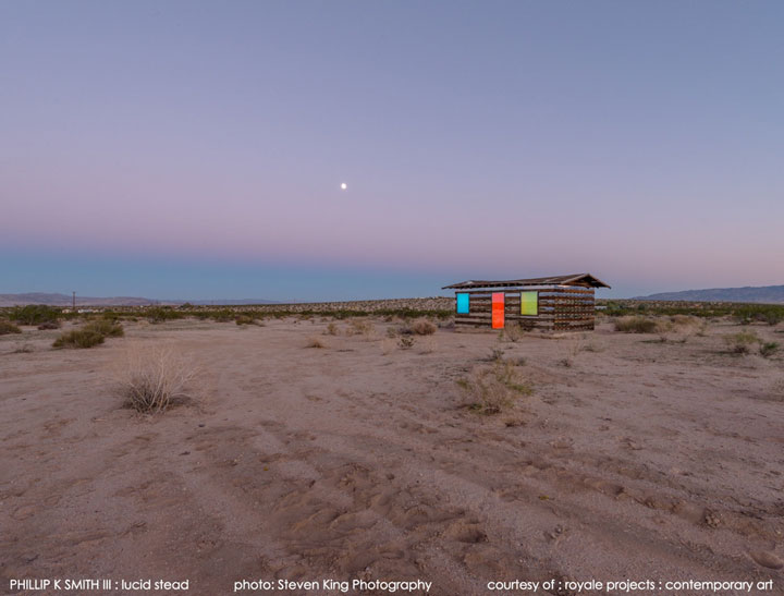 High Desert: An Invisible Hut In The Middle Of The Californian Desert-12