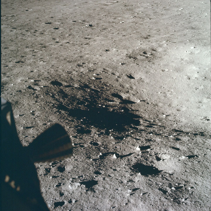 1407 unpublished photos of the Apollo 11 mission Flight to moon after more than 40 years by NASA-7
