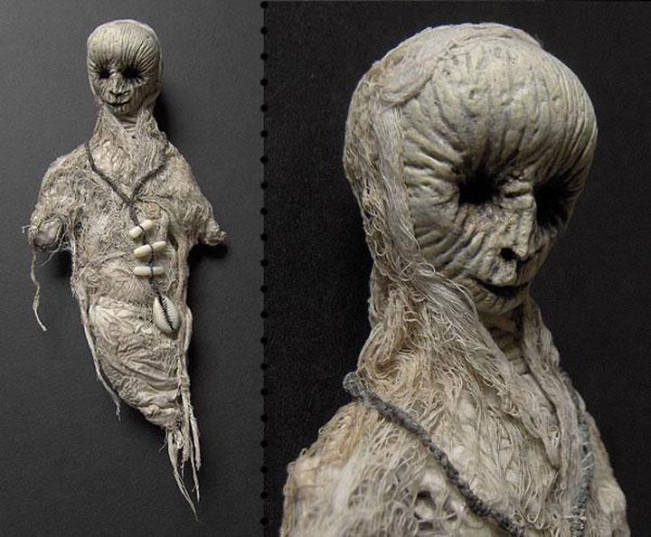 Mummies dolls-Terrifying Dolls Will Surely Frighten Naughty Kids-11