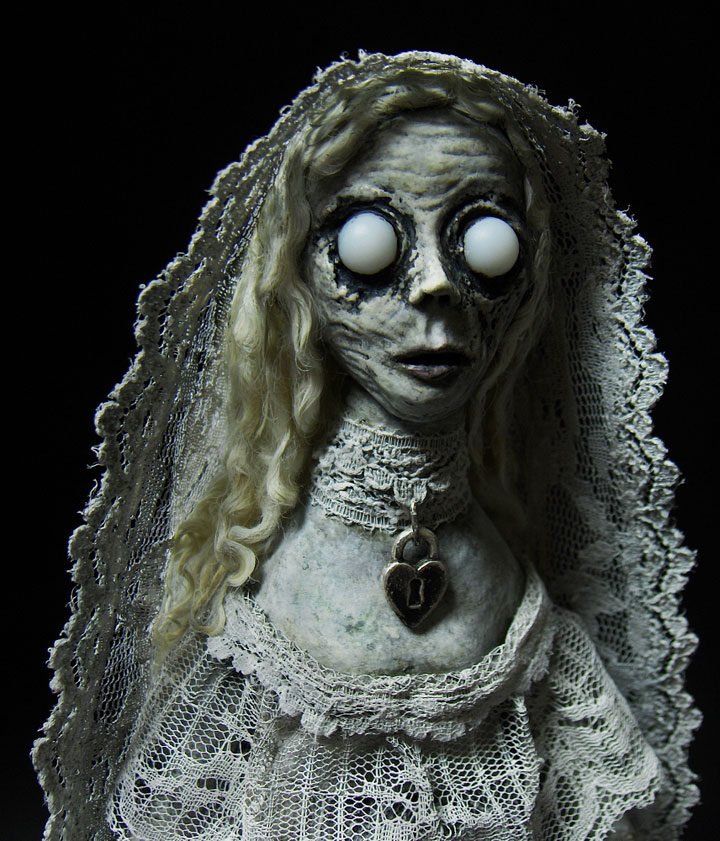 Ghost dolls-Terrifying Dolls Will Surely Frighten Naughty Kids-3