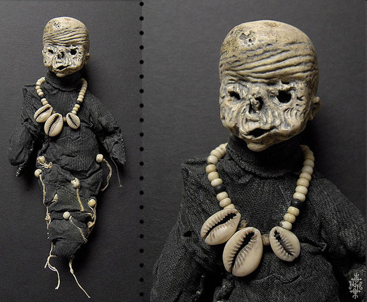 Mummies dolls-Terrifying Dolls Will Surely Frighten Naughty Kids-7