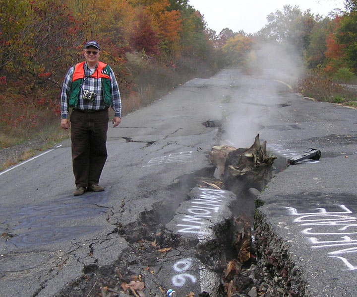 The real Silent Hill in United States-The 10 Most Scary Places On The Earth-21