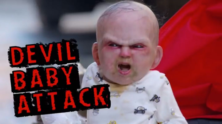 Devil Due-An Abominable Baby Terrorizes The Passers-by In The Streets Of New York-1