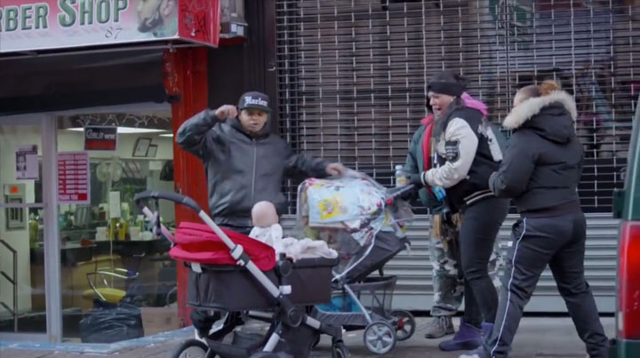Devil Due-An Abominable Baby Terrorizes The Passers-by In The Streets Of New York-2