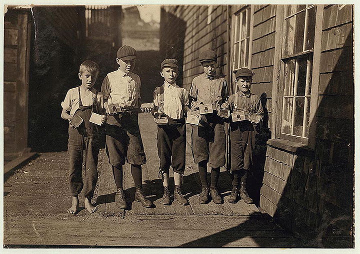 Employees in a can factory in Eastport, Maine-20 Photographs Showing The Child Labor Conditions In Early Twentieth Century-15