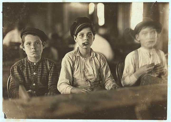 Cigar manufacturers of Englahardt & Co., Tampa, Florida-20 Photographs Showing The Child Labor Conditions In Early Twentieth Century-3