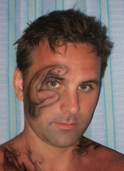 20 Crazy (Worst) Tattoos That These People Would Regret Immediately-17