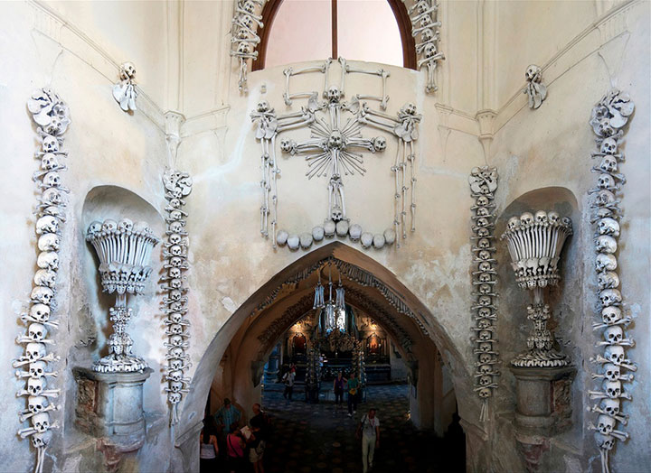 Top 14 Creepy Monuments Erected With Human Bones And Skulls-10