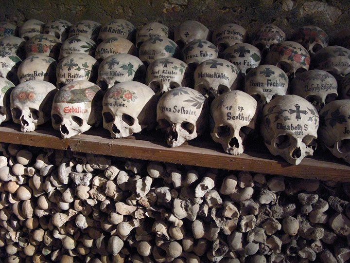 Top 14 Creepy Monuments Erected With Human Bones And Skulls-14
