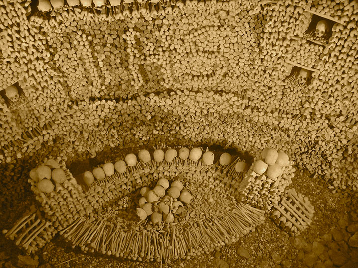 Top 14 Creepy Monuments Erected With Human Bones And Skulls-24