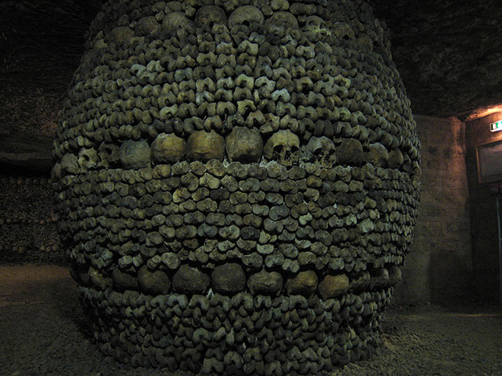 Top 14 Creepy Monuments Erected With Human Bones And Skulls-7