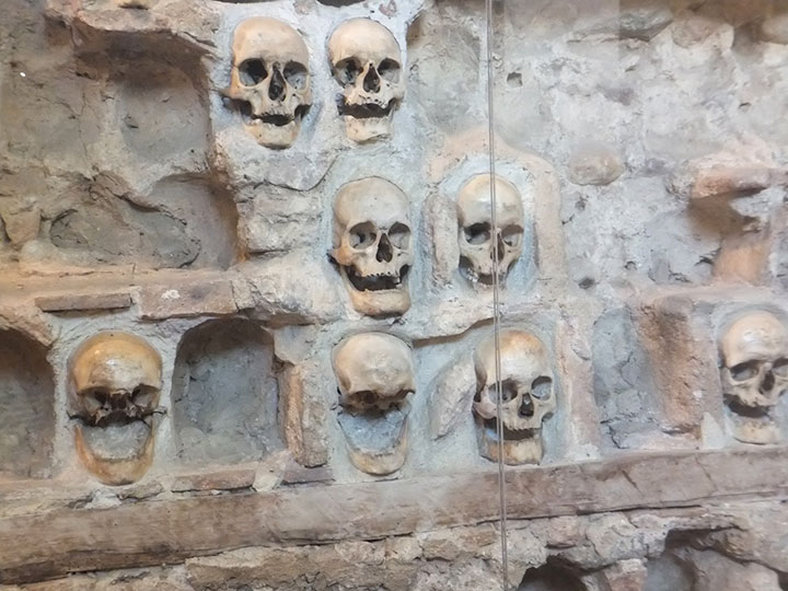 Top 14 Creepy Monuments Erected With Human Bones And Skulls-9