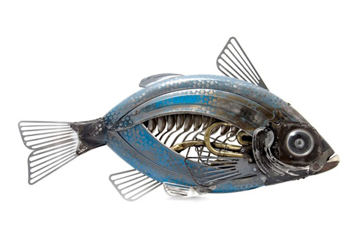 Fish-Marvelous Metallic Animal Sculptures Made Using Everyday Objects -