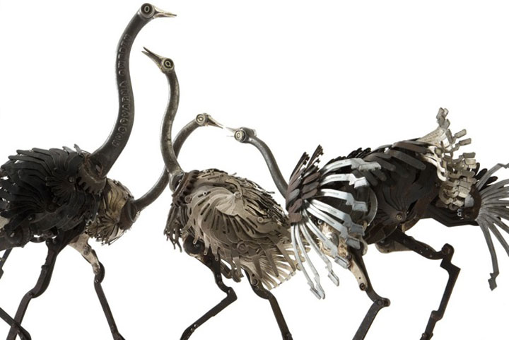 Ostriches-Marvelous Metallic Animal Sculptures Made Using Everyday Objects -10