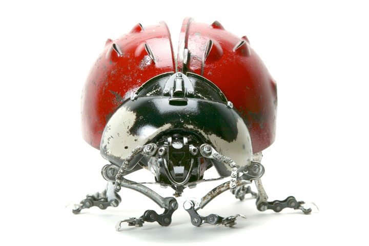 Ladybug-Marvelous Metallic Animal Sculptures Made Using Everyday Objects -13