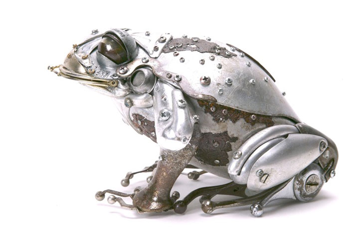 Toad-Marvelous Metallic Animal Sculptures Made Using Everyday Objects -14