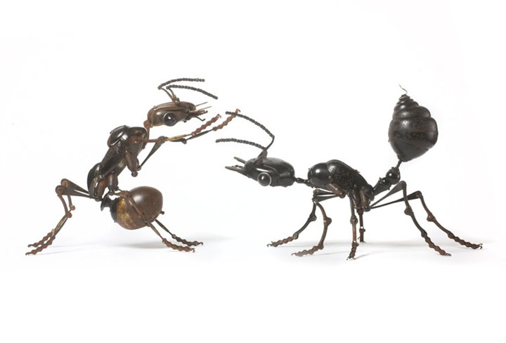 Insects-Marvelous Metallic Animal Sculptures Made Using Everyday Objects -4